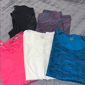 Bundle of xsmall active clothes